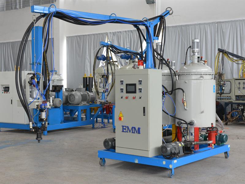 Mesin 2-komponen Poliuretana bertekanan rendah