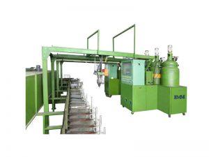 Tiga komponen Full Automatic End Cover Foaming Machine